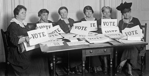 DC-Misc-Vote-Women-in-30s-BW